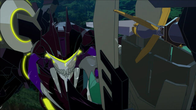 File:Insecticon Bounty Hunter in Fight (01).jpg