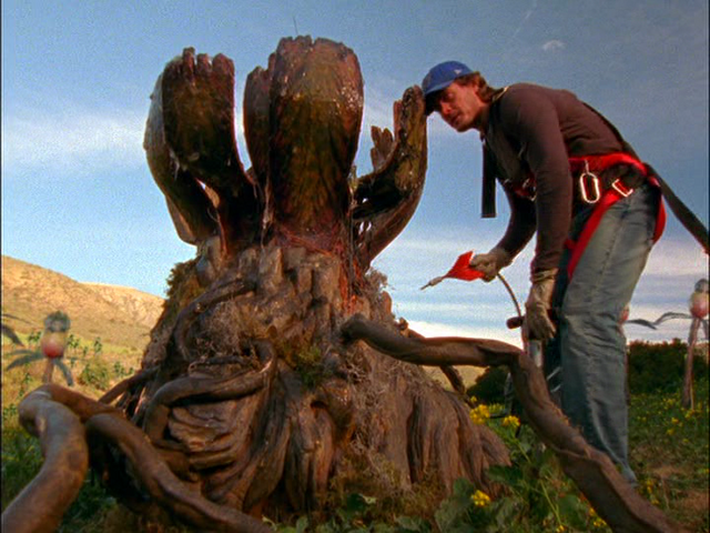 File:Tremors-The-Series-killer-plant-Victor-Browne.png