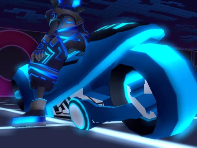 File:TRON Wiki - Light Cycle (Screenshot) KHII.jpg
