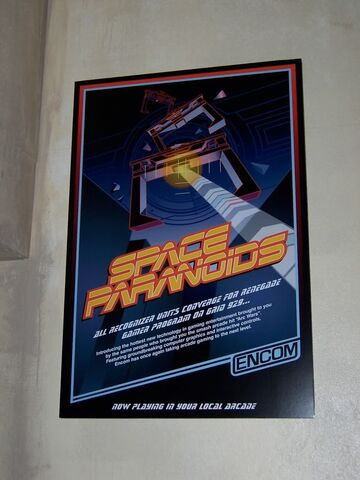 Archivo:Space paranoids poster.jpg