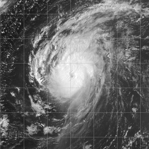 File:Hurricane Danielle 16 aug 2004 1815Z.jpg