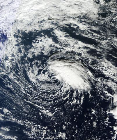 File:Unnamed Subtropical Storm Dec 6 2013.png