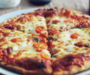 File:Pizza.jpeg