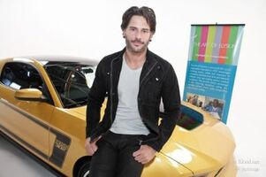 Normal JManganiello FordMustangBoss 052511 001