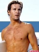 Eye-candy-ryan-kwanten-11