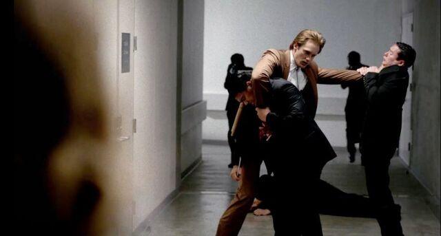 File:Eric-northman-alexander-skarsgard-battles-the-yakuza-in-hbos-true-blood-season-7-episode-6-entitled-karma.jpg