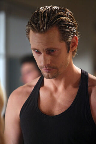 File:Eric-true-blood-7701604-1008-1512.jpg