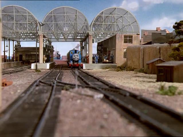 File:Thomas'Train25.png