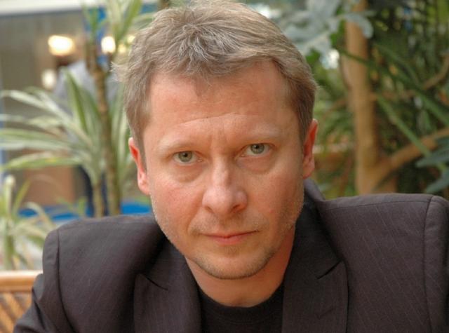 File:JanuszZadura.png