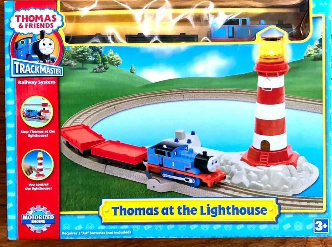 File:TrackmasterThomasAtTheLIghthouse.jpg