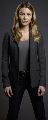 Lauren German 10