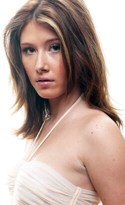 Jewel Staite 6