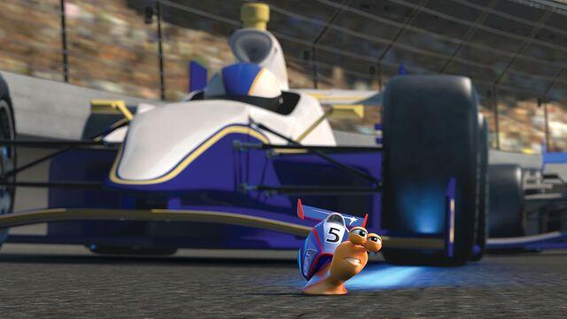 File:Turbo loses position.jpg