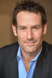 Ian Kahn