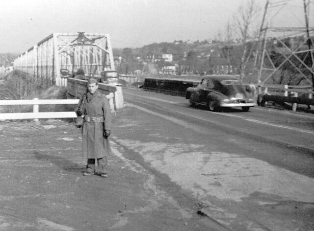 File:Sentry-at-falmouth-bridge-1-.jpg