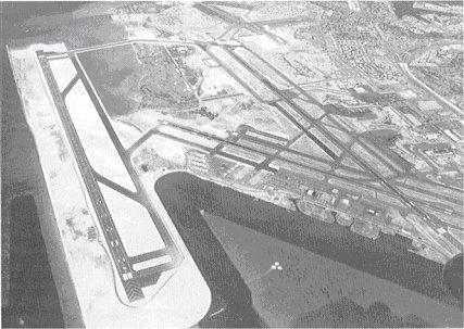 File:Hickam-1977-1-.jpg