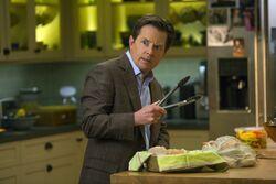 Michael J. Fox Show 1x02 001