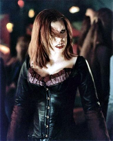 File:Willow-Buffy.jpg
