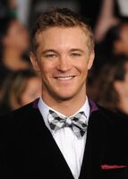 Breaking-dawn-cast-red-carpet- Actor Michael Welch
