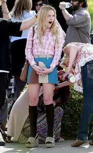 Dakota-fanning-period-photos