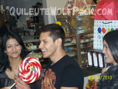File:I want the lolly.jpg