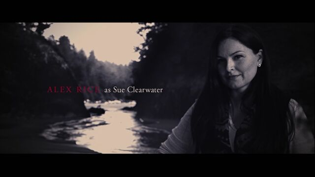 File:Alex Rice as Sue Clearwater.jpg