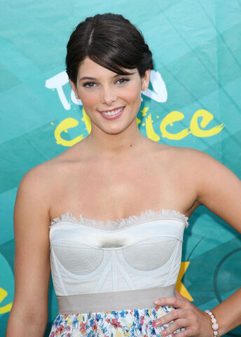 File:2009 Teen Choice Awards Arrivals 3K65OHrPQaPl.jpg