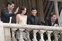 220px-Twilight 20091110 Crillon Hotel Paris 005