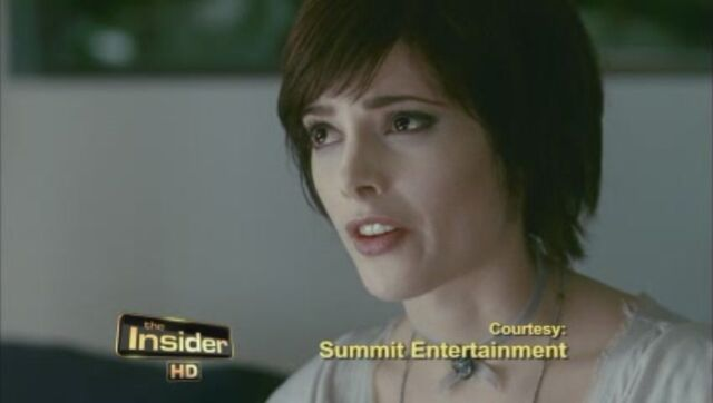 File:Eclipse-Official-Clip-Blood-is-Thicker-Than-Water-alice-cullen-12845151-848-480.jpg
