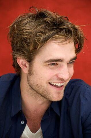 File:Robert Pattinson 5.jpg