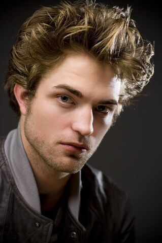 File:Robert-pattinson.jpg