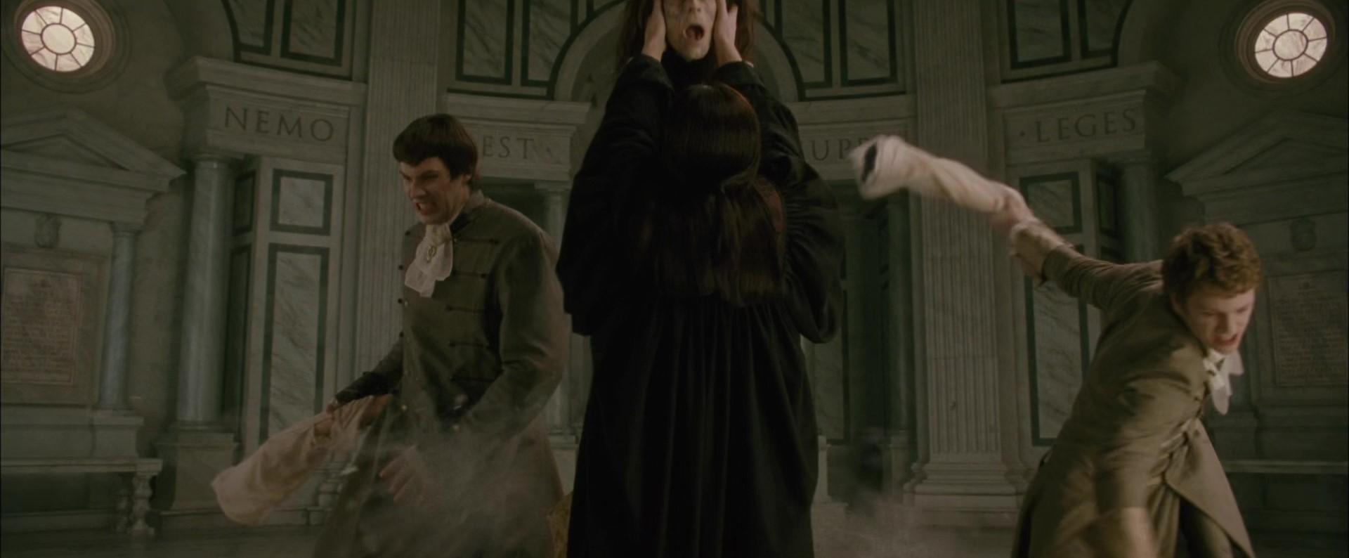 File:Aro Felix & Demirti kill A Vampire.jpg