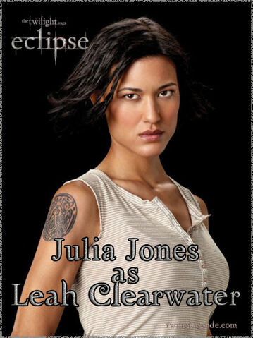 File:Julia-leah-graphic.jpg