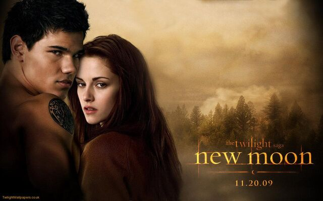 File:New-Moon-Bella-and-Jacob-1.jpg