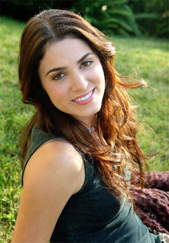 File:Nikki-reed-521.jpg