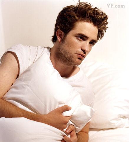 File:Robert Pattinson 7.jpg