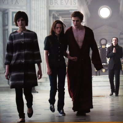 File:Alice-bella-edward-volturi.jpg