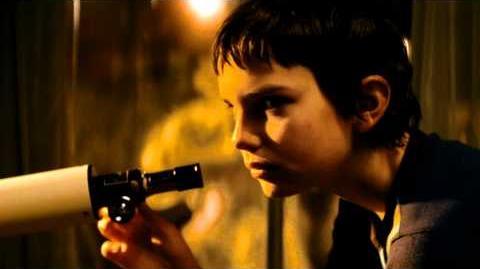 LET ME IN Movie Trailer (HD)