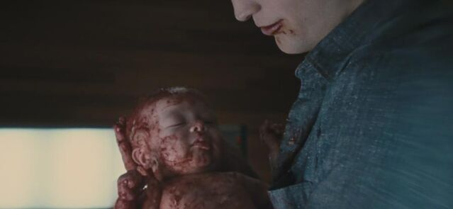 File:BD1- Renesmee Newborn.jpg