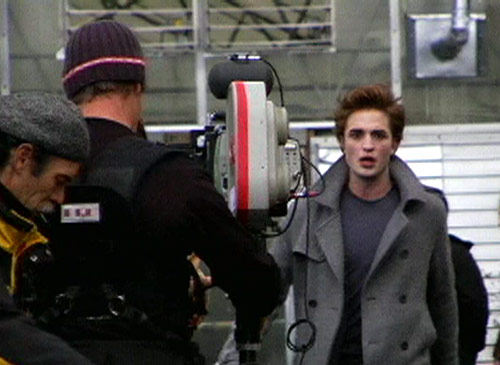 File:Twilight set1 061708.jpg