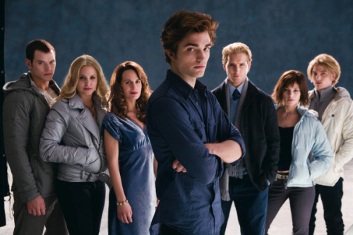 File:The-cullens-twilight.jpg