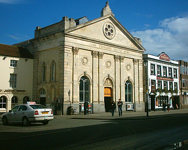 File:Newbury Corn Exchange.jpg