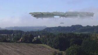 GIANT UFO MOTHERSHIP CAPTURED OVER A VILLAGE IN FRANCE 2013