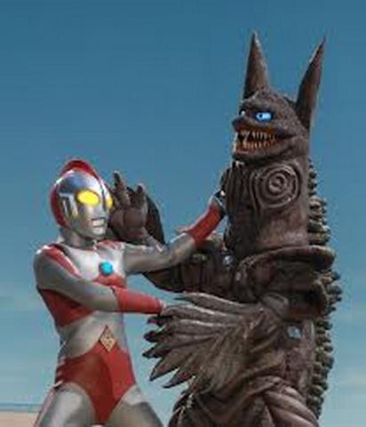File:Ho v Ultraman 80.png