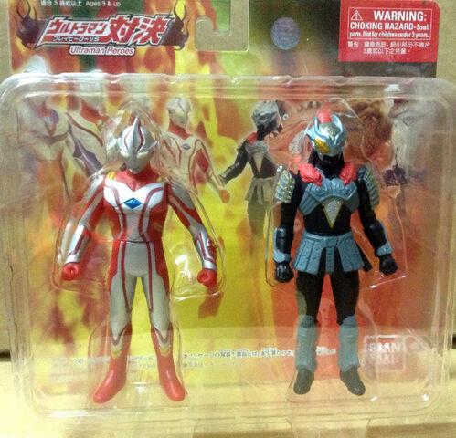 File:Ultraman-Heroes-2-pack-Mebius-VS-Zamushar-package.jpg