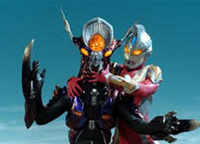 File:Alien Sran v Ultraman Max I.png