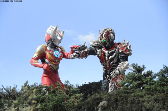 File:Ultramanorb-themovie46.jpg