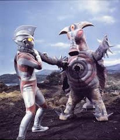File:Bad Baalon v Ultraman Ace I.png