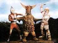 Gomora v Ultraman & Hanuman