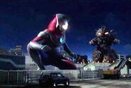Mozui battles Ultraman Dyna